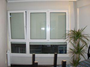 Reparacion ventanas puertas de aluminio o PVC sant Marti